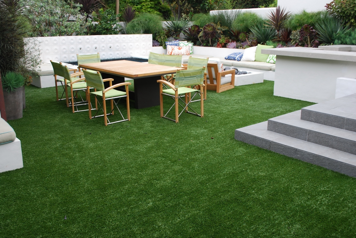 Synthetic Turf on Concrete